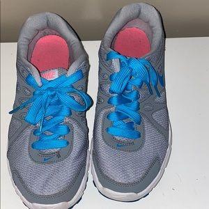 Nike women's revolution running sneaker